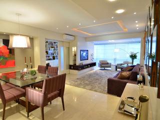 Modernizando apartamento Tania Bertolucci de Souza   Arquitetos Associados Salas de estar modernas