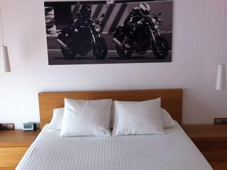 SMMARQUITECTURA Endüstriyel Yatak Odası