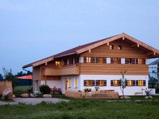 w. raum Architektur + Innenarchitektur منازل
