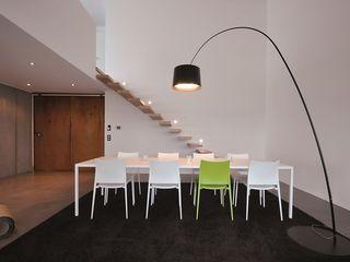 Haus D - Stutensee lc[a] la croix [architekten] Minimalistische Esszimmer