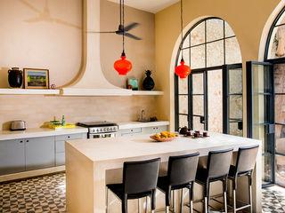 Taller Estilo Arquitectura Кухня в колониальном стиле