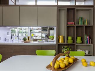 comedor diario GUTMAN+LEHRER ARQUITECTAS Cocinas de estilo moderno