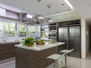House in Belgrano GUTMAN+LEHRER ARQUITECTAS Modern Mutfak