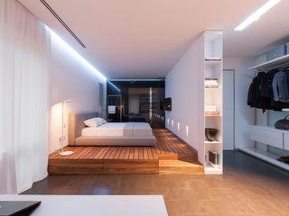 apartment V-21 VALENTIROV&PARTNERS Minimalist bedroom
