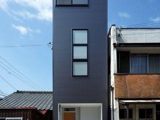 (株)ハウスインフォ Casas estilo moderno: ideas, arquitectura e imágenes Negro