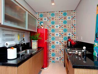 Escritório de Arquitetura e Interiores Janete Chaoui KitchenCabinets & shelves
