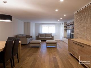 slvr estudio Scandinavian style living room