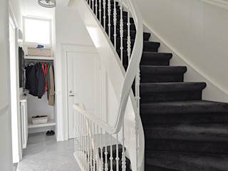 Lumen Architectuur Classic corridor, hallway & stairs