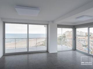 slvr estudio Mediterranean style living room