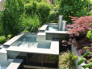 Edelstahl Atelier Crouse: 庭院