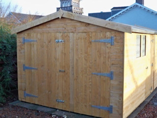 Wooden Garages shedking クラシックデザインの ガレージ・物置