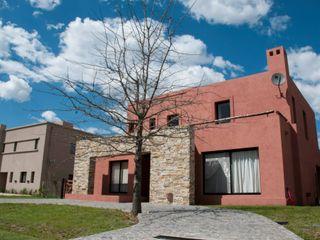 Desarrollos Proyecta Casas de estilo colonial