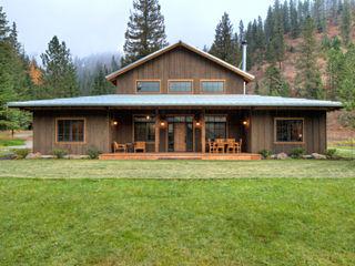 Lucky 4 Ranch Uptic Studios Rustikale Häuser