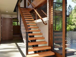 Park Lane Residence Uptic Studios Moderner Flur, Diele & Treppenhaus