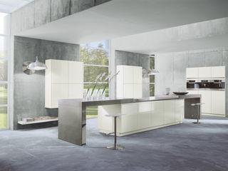 """Luxus pur mit """"Silent Move"""" Dick Küchen Ausgefallene Küchen"""