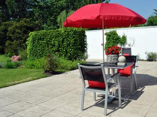 Home Staging eines geerbten Einfamilienhauses MK ImmoPromotion Klassischer Balkon, Veranda & Terrasse