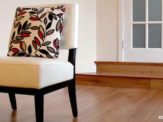 monicacordova Living roomStools & chairs