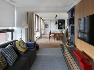 MANDRIL ARQUITETURA E INTERIORES Modern Living Room