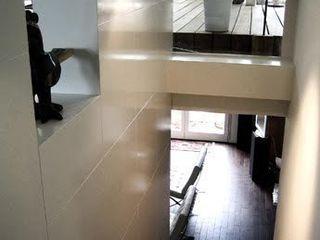 Triplex à rennes bypierrepetit Couloir, entrée, escaliers originaux