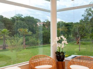 Designer de Interiores e Paisagista Iara Kílaris Spa modernos