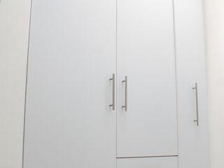 Amarillo Interiorismo DressingArmoires et commodes