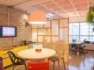 Bloom Arquitetura e Design Modern study/office