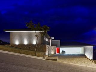 Lage Caporali Arquitetas Associadas Rumah Gaya Eklektik