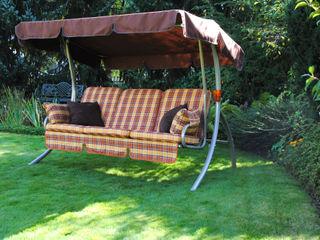 Hollywoodschaukeln im Garten Angerer Freizeitmöbel GartenMöbel