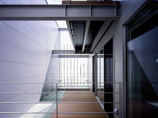 段原の家 House In Danbara 飯塚建築工房 オリジナルデザインの テラス