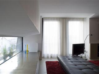 RRJ Arquitectos Salas de estilo moderno