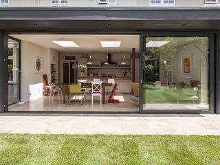 Essex Chic Nic Antony Architects Ltd Rumah Modern