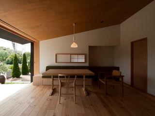宇佐美建築設計室 Klassische Wohnzimmer