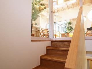 遠藤浩建築設計事務所 H,ENDOH ARCHTECT & ASSOCIATES Scandinavian style corridor, hallway& stairs