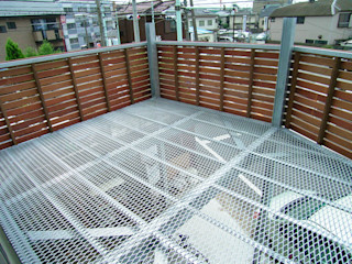 遠藤浩建築設計事務所 H,ENDOH ARCHTECT & ASSOCIATES Balcones y terrazas modernos