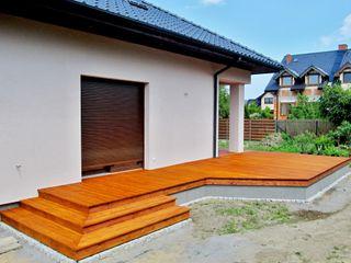 Tarasy-drewniane- Dorota Maciejewska Balcones y terrazas clásicos