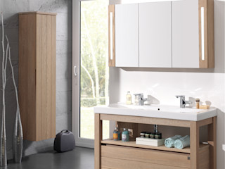 F&F Floor and Furniture Country style bathroom