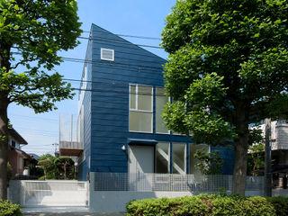 町田の家 萩原健治建築研究所 モダンな 家