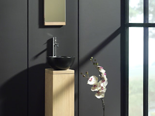 F&F Floor and Furniture Asian style bathroom