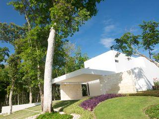 Casa entre Arboles Enrique Cabrera Arquitecto Casas modernas
