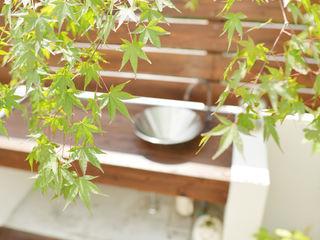 T's Garden Square Co.,Ltd. Jardines de estilo moderno