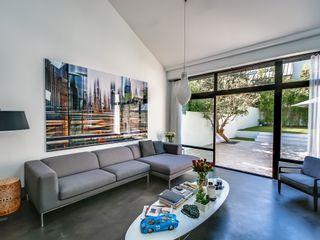 Meero Modern Living Room
