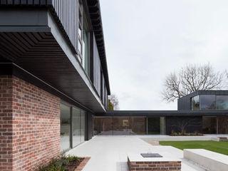 Private House, Cardiff LOYN+CO ARCHITECTS Casas modernas
