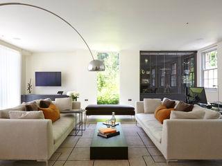 Highwood, Berkshire Concept Interior Design & Decoration Ltd 现代客厅設計點子、靈感 & 圖片