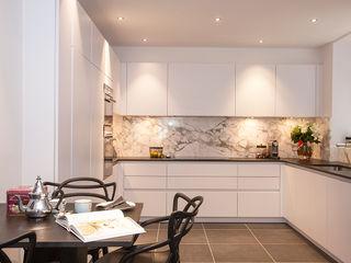 Kensington Church Street Apartment Refurbishment SWM Interiors & Sourcing Ltd Cocinas modernas