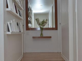 GUTMAN+LEHRER ARQUITECTAS Couloir, entrée, escaliers modernes