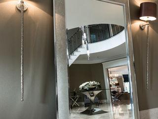 Kingswood, Surrey Luke Cartledge Photography Classic style corridor, hallway and stairs