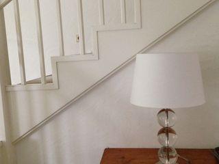 Home Staging Gabriela Überla Corridor, hallway & stairs Lighting