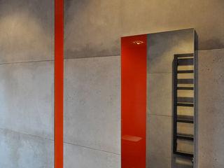 Tarna Design Studio Industrial style bathroom