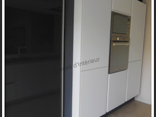 cuisine épurée Scènes d'Intérieur CuisinePlacards & stockage Blanc
