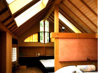 有限会社加々美明建築設計室 客廳 木頭 Brown